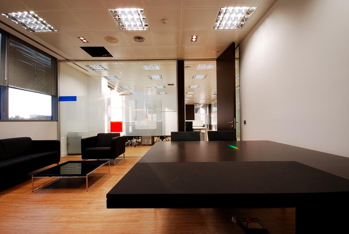oficina-espacio-diseño-luz-compartimentacion1